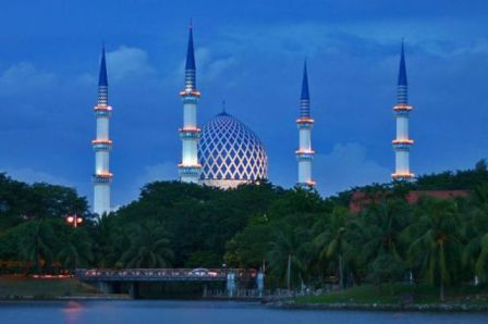 http://www.all-arab-net.com/tourism-malaysia/files/malaysia-facts1[1].jpg